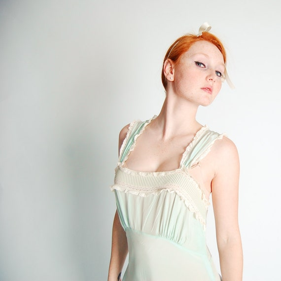 Vintage 1940s Nightgown - 40s Rayon Nightgown - Soft Sage Green