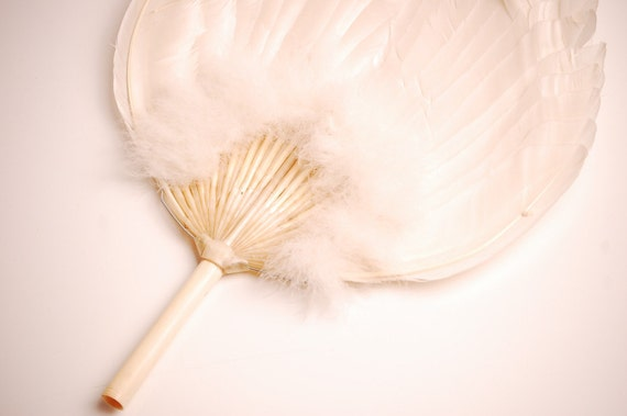 Vintage 1920s Flapper Fan - 20s Feather Fan - White Feathers