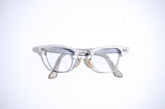 Vintage 1950s Eyeglasses - 50s Cats Eye Glasses - Gray Pearl