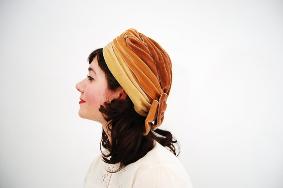Vintage 1960s Turban - 60s Velvet Hat - Shades of Honey