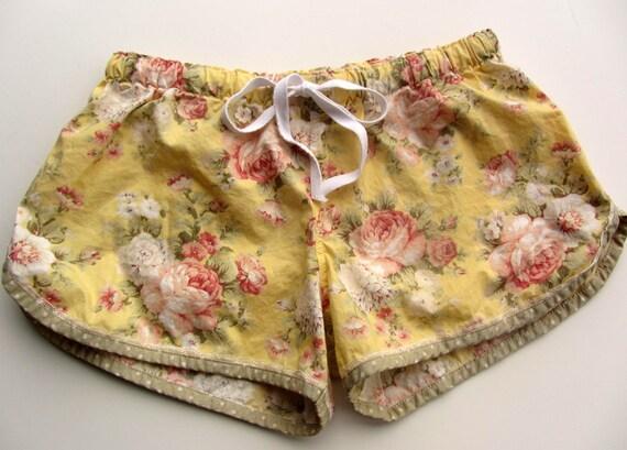 Pretty Yellow  Rose Floral Cotton Pajama Sleep Lounge Shorts  Size M