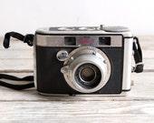 SALE vintage kodak signet 40 camera