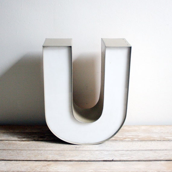 Vintage white metal channel letter u for 24 inch channel letters