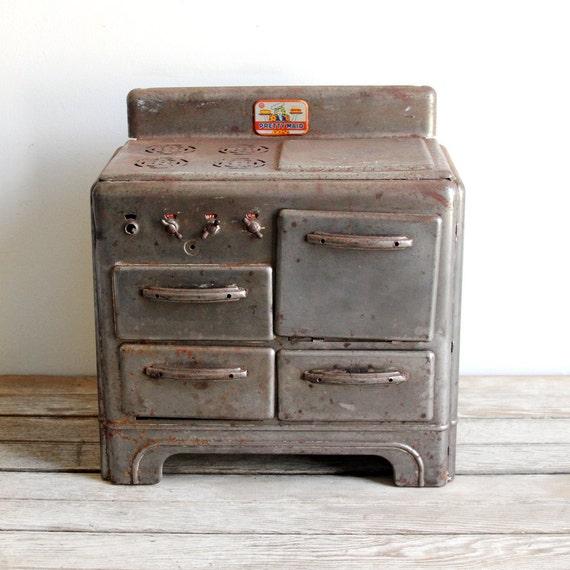 vintage children's pretty maid stove