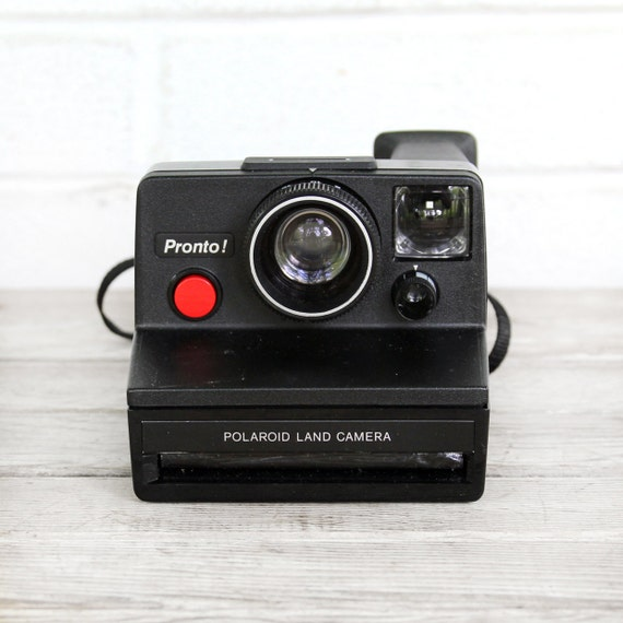 vintage polaroid sx-70 pronto camera - works