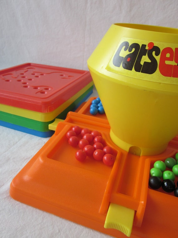 Vintage Cat's Eye Game from Marx Toys