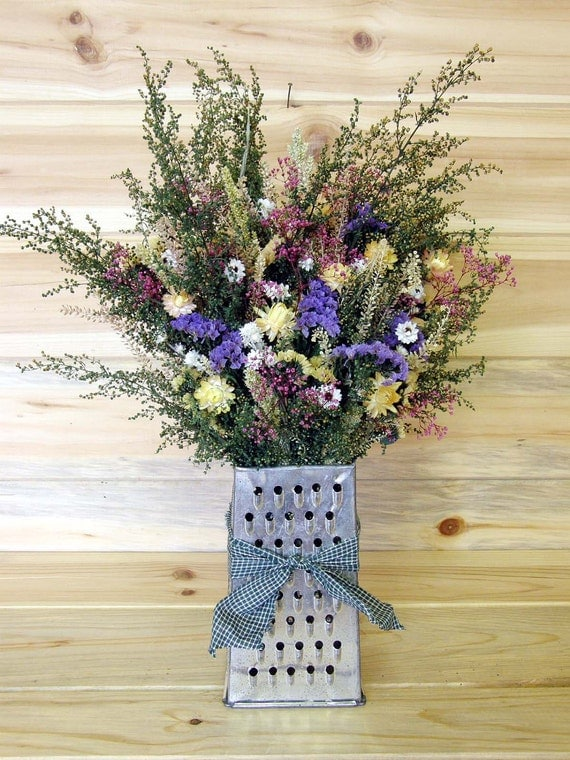 Country Dried Flower Grater Table Arrangement