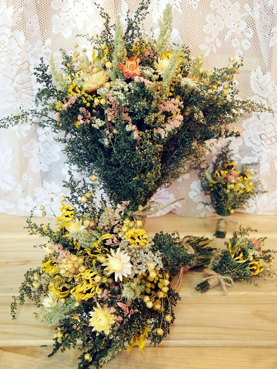 COUNTRY Yellow WEDDING PARTY Collection - Bride and Groom - Bridesmaid Bouquet - Best Man Boutonniere