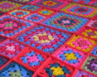 DOLLY Crochet Granny Squares Blanket Afghan Throw Pinks