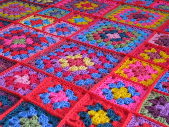 DOLLY Crochet Granny Square Blanket Afghan Throw Pinks