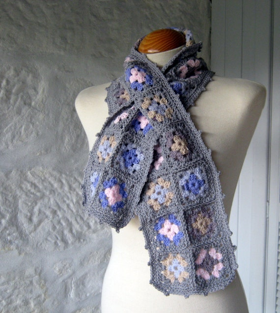 Sublime Elegant Granny Square Crochet Scarf Traditional Retro Style