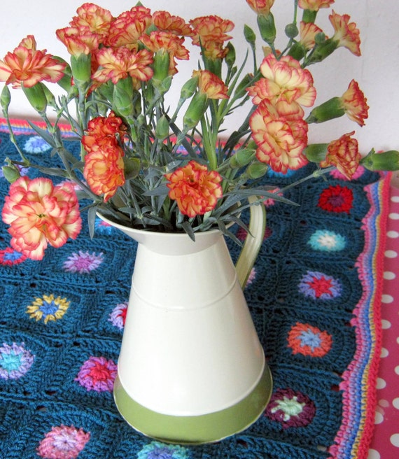 Retro Vintage Style Teal Flower Granny Square Crochet Blanket Afghan Sublime
