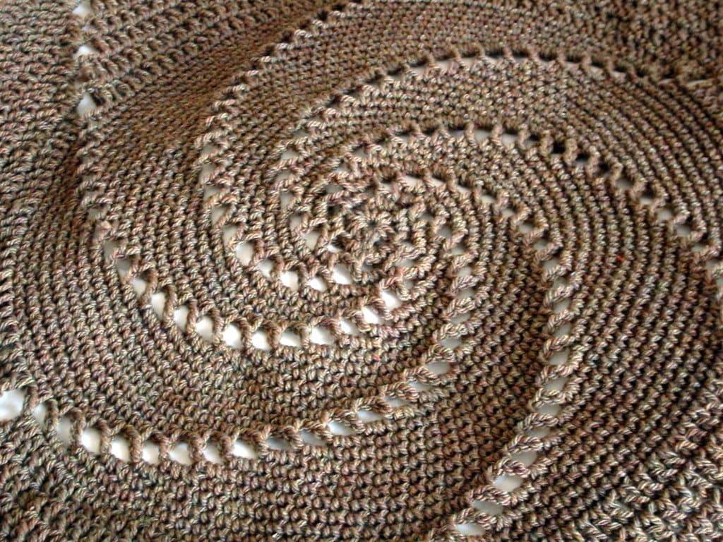 Crochet circle pattern crochet pattern grandad lap bankloansurffo Gallery