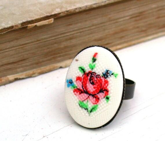 Romantic Vintage Floral Petit Point Cameo Ring