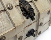 Lost Treasure - VINTAGE - Cream / Wood Treasure Chest - perfect to hold tarot cards, jewelry or baubles.