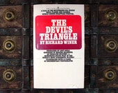 The Devil's Triangle - By Richard Winer - Illustrated - 1970s paperback book