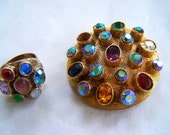 Vintage Modernist Art Glass Ring and Gold tone Brooch