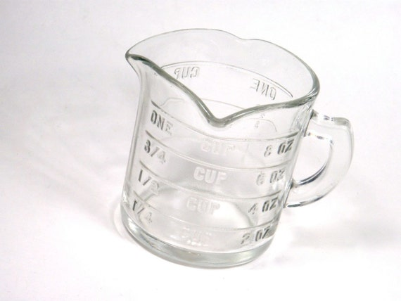 Embossed Glass 1 Cup Measuring Cup