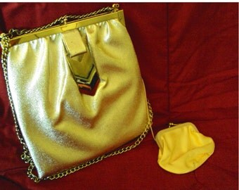 Vintage Art Deco Style  Metallic Purse with satin lining and hide-a-way satin change purse.