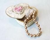 Moving Sale - Vintage 1990s - Beautiful Retro Vintage Necklace Classic Elegant Gold Pearl Adjustable Ribbon Necklace