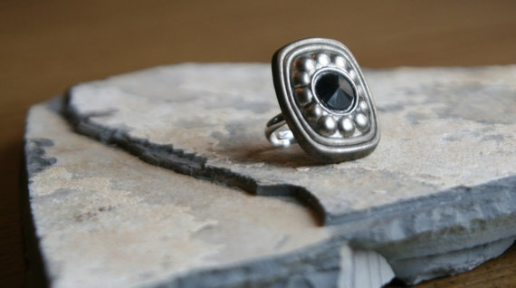 Black and Silver Medallion Pendant Ring