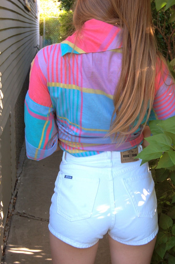 Vintage SHORTS,  retro, clothing, trendy high- waisted, white denim,  jordache brand, size 5/6,  by Zasra