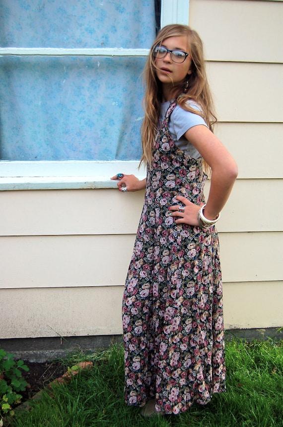 Vintage jumper DRESS, long,  breakfast club style,  shabby chic rose print, silky , boho, size S/M, Zasra
