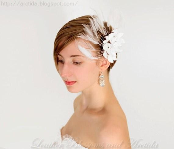 Wedding flower hair clip/fascinator white leather/feather dahlia bridal hair accessory Victorian steampunk 3 year anniversary gift