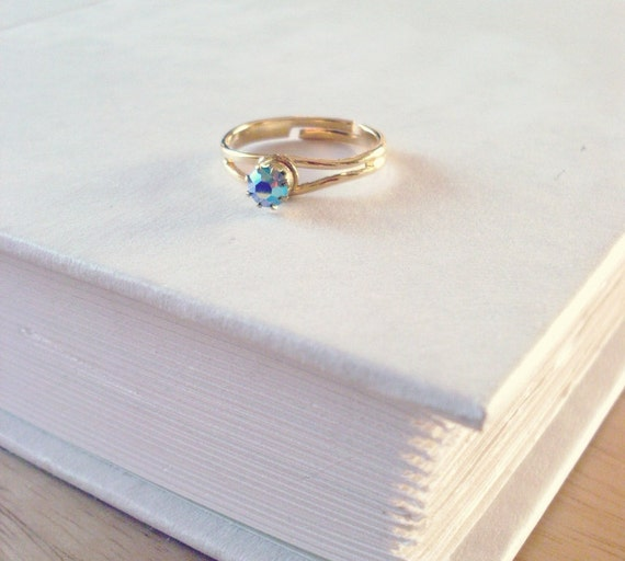 50% OFF SALE - Ice Blue Aurora Borealis Swarovski Crystal Ring - Vintage Minimalist Fashion Cute Adorable Elegant Romantic Whimsical Dreamy