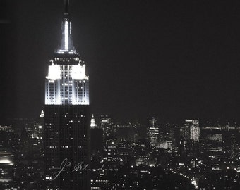 empire state building photograph, black and white photography, square print, romantic classic NY, new york city monument