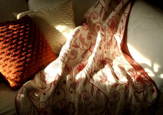 Red / White Throw Blanket / Linen Blanket / 145cm x 168cm