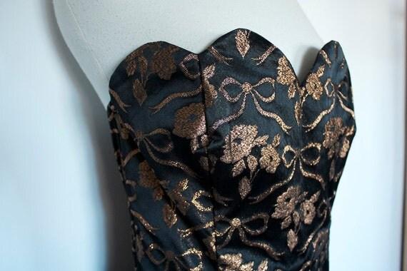 SALE Vintage 1980s Gold Brocade Dress, Strapless Boned Bodice, Tulle Skirt lining