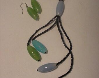 Vintage Baked Beads Neclace & Pierced Earrings   Beautiful    2011-23