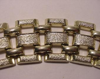 Vintage Silver Tone Metal Wide Bracelet   2011 - 475