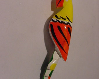 Vintage Wood Parrot Brooch    2011 - 1765
