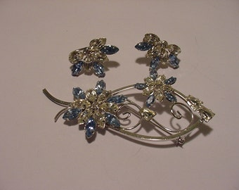 Vintage Star - Art Sterling Silver Blue & Clear Rhinestone Flower Brooch And Screw On Earring Set  2011 - 1898