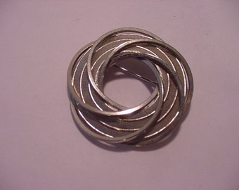 Vintage Silver Tone Metal Modernistic Brooch  11 - 1288