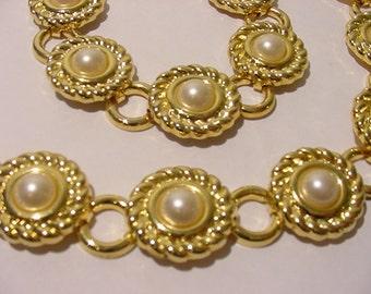 Vintage Faux Pearl Necklace And Bracelet Set  11 - 875