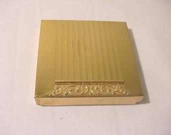 Vintage Avon Gold Tone Metal Compact  11 - 2127