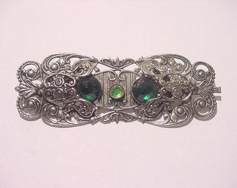 Vintage Green Glass Filigree Brooch   12 - 12