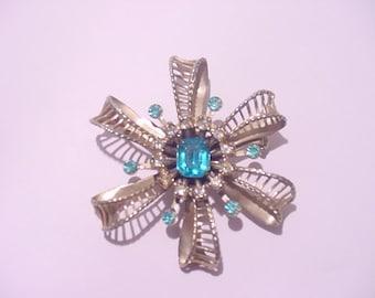 Vintage Blue Rhinestone Brooch  12 - 18