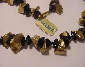 Vintage Encore Gold And Black Plastic Bed  Necklace  12 -54