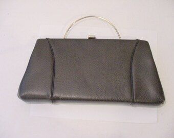 Vintage Brown Vinyl Handbag Or Clutch   12 - 386