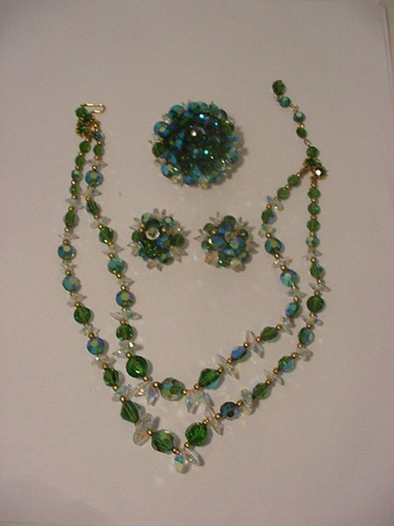 Vintage Demi Parure Crystal Green And  Blue Necklace Brooch & Earrings Set   Gorgeous     A 1