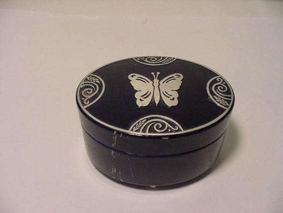 Vintage Lucretia Vanderbilt Art Deco Tin Powder Box With Butterfly On Top   # HAs 75