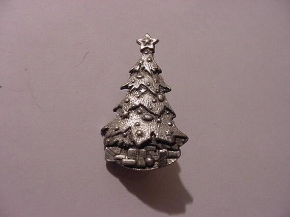 Vintage  Christmas Tree Brooch  XMAS 174