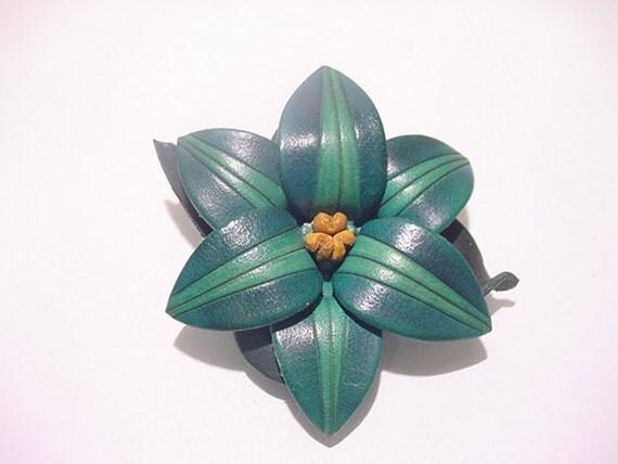 Vintage Leather Flower Brooch   11 - 756