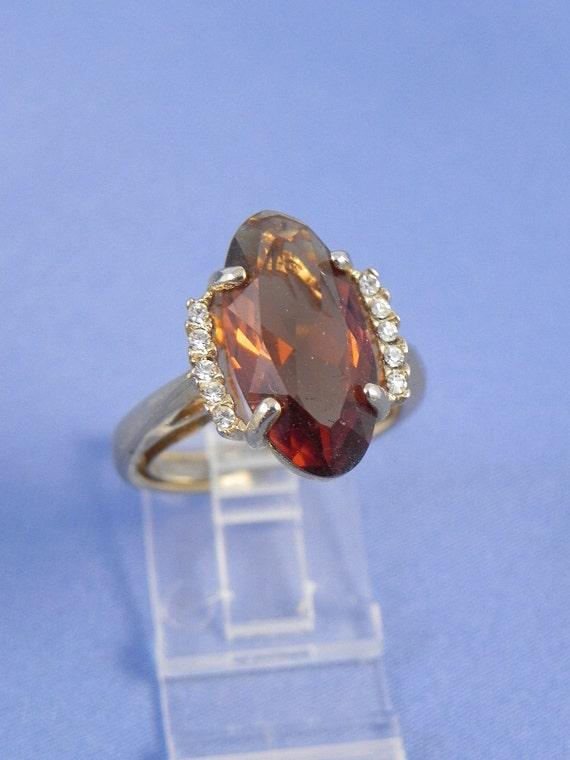 CLEARANCE  Vintage Amber Rhinestone Ring