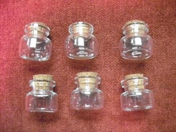 6 Mini Glass Viles With Cork Tops