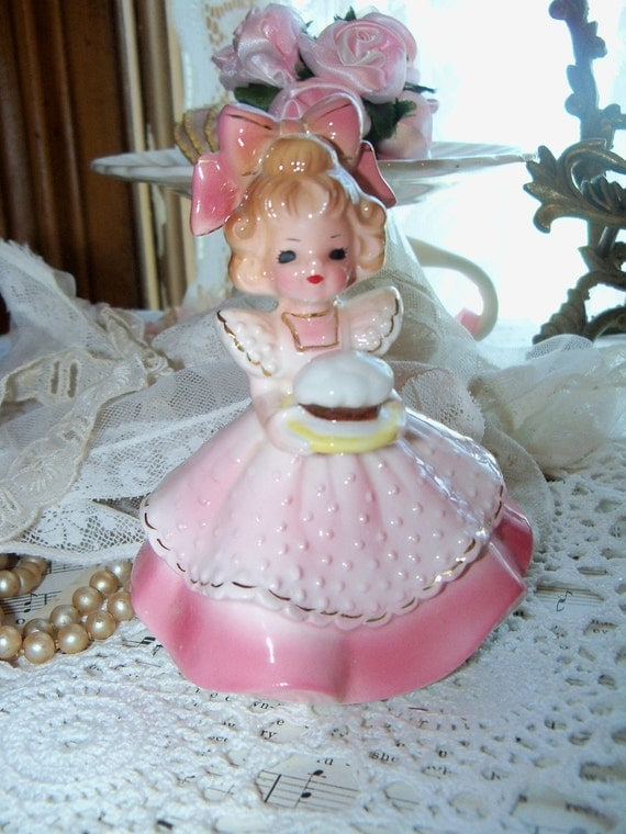 Vintage Josef Originals Figurine-BLACK Eyes-Cupcake-Recipe Girl-Little Gourmet-Signed-RARE-Mint condition